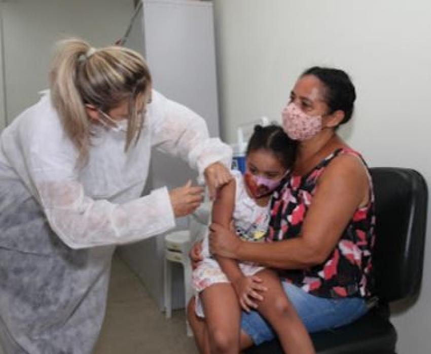Imunização contra gripe já está disponível em 35 pontos de Santos